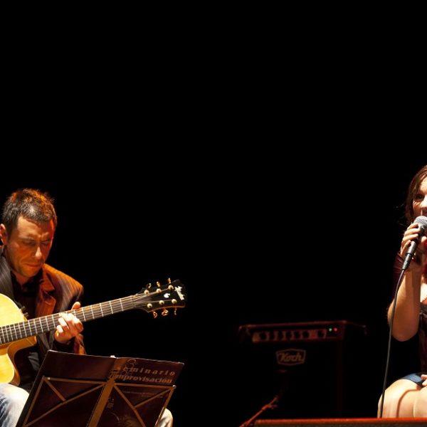 """Jueves 6 febrero 21h Mapi Quintana & Marco Martínez  """"Canciones y standards a guitarra y voz"""""""