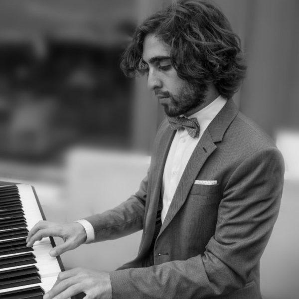 Jueves 23 Enero 21h Diego Ena Piano clásico, jazz, pop-rock y mucho más.